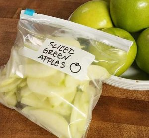 How to Keep Apple Slices from Turning BrownHow to Keep Apple Slices from Turning Brown